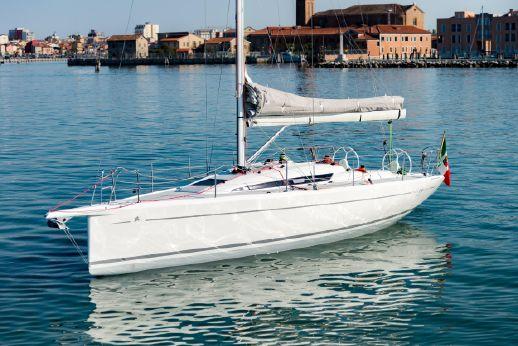2017 Italia Yachts 9.98 club