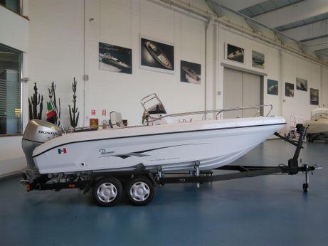 2011 Ranieri Voyager 19 s