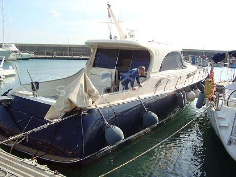 2004 Mochi Craft Dolphin 51