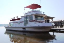 1990 Harbor-Master Houseboat