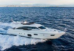 2013 Ferretti 690