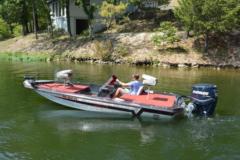 1989 venture 18ft bass boat sc power boat for sale www for Trolling motor for 18 foot boat