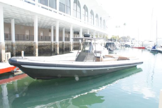 2009 Protector 35 Center Console
