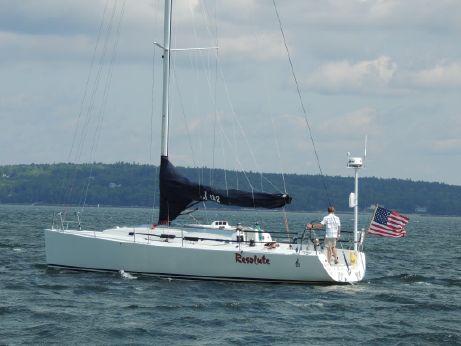 2007 J Boats 122