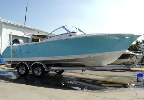 2015 Sea Hunt ESCAPE 235 SE