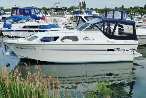 2012 Viking Seamaster 28 Highline OB