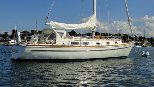 1979 Gulfstar 37 Sloop
