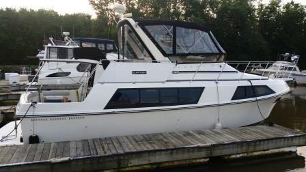 1985 Carver Yachts Mariner