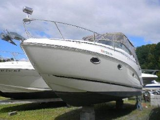 2007 Rinker 280 Express Cruiser