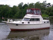 1982 Carver 3607 Aft Cabin