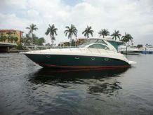 2002 Maxum 4200 SCR Sport Yacht