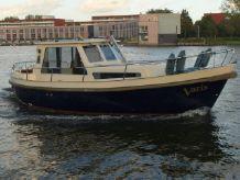 2002 Antaris MK825