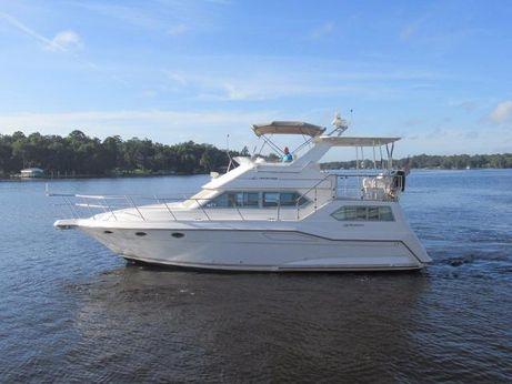 1995 Cruisers Yachts 3950 Motoryacht