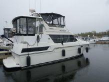 1989 Carver 3807 Motor Yacht
