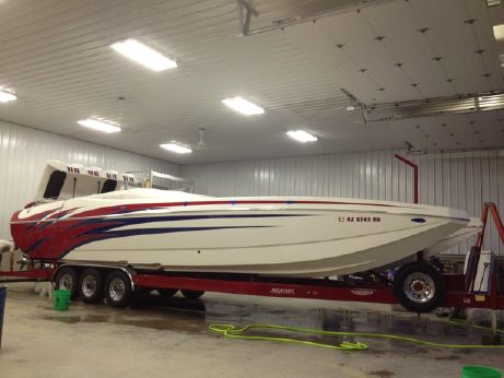 2005 Magic 34 Sceptor Open Bow