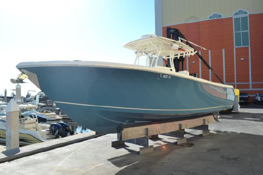 2014 Sailfish 320 CC