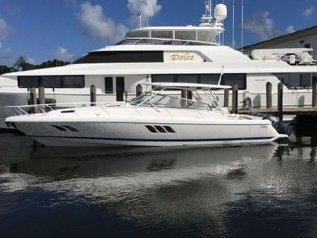 2017 Intrepid 475 Sport Yacht