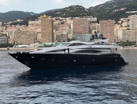 2004 Sunseeker 105 Yacht