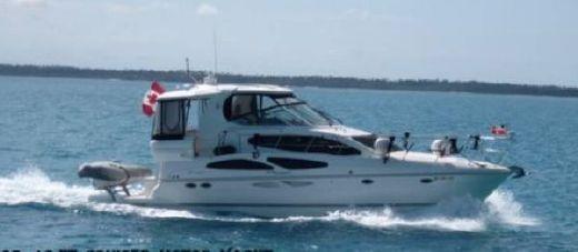 2007 Cruisers Yachts 415 Express Motor Yacht