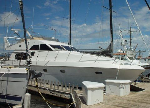 2000 Grand Harbour Pilothouse