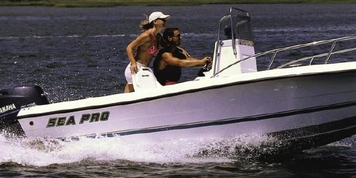 1999 Sea Pro 180 Center Console