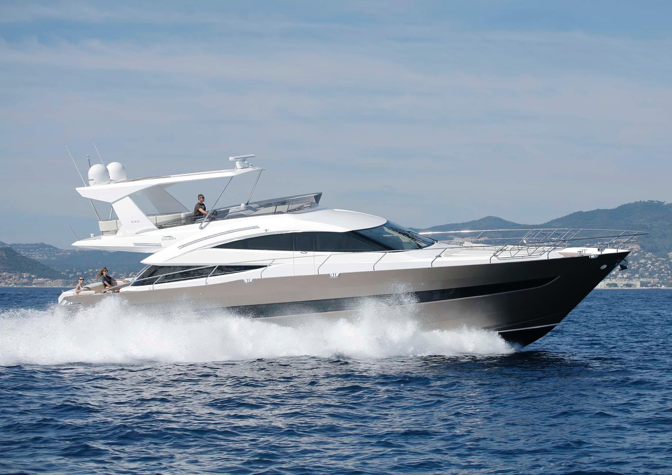 2011 galeon 640 fly motore barca in vendita www for Malta materiale