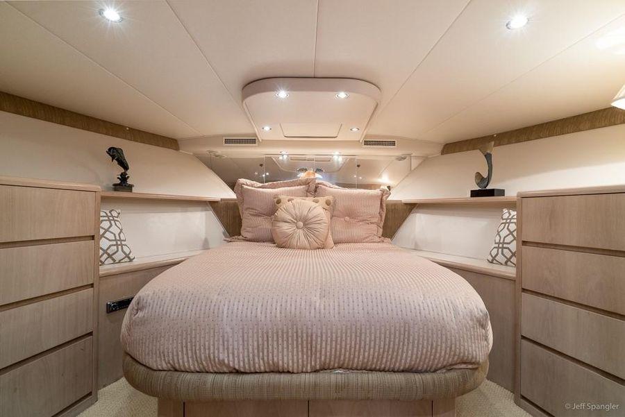 Hatteras 65 Master Bed