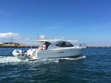 2007 Riviera 3600 Sport Yacht