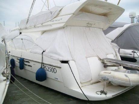 2004 Azimut 46