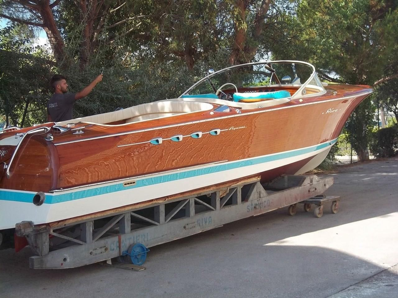 1967 riva aquarama power boat for sale. Black Bedroom Furniture Sets. Home Design Ideas