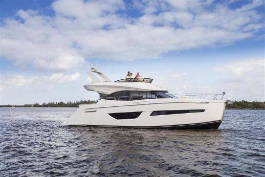 2016 Carver Yachts C50 Command Bridge