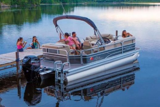 2016 Suntracker Party Barge 20