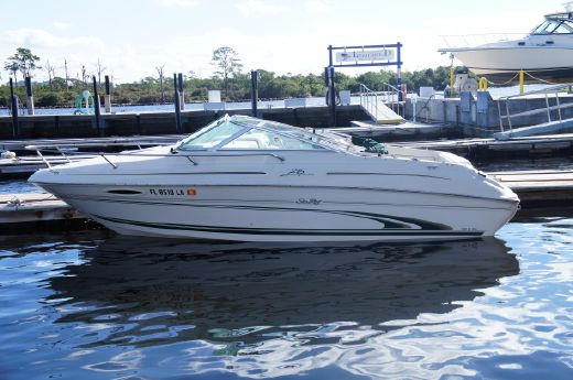 2000 Sea Ray 215 Express Cruiser