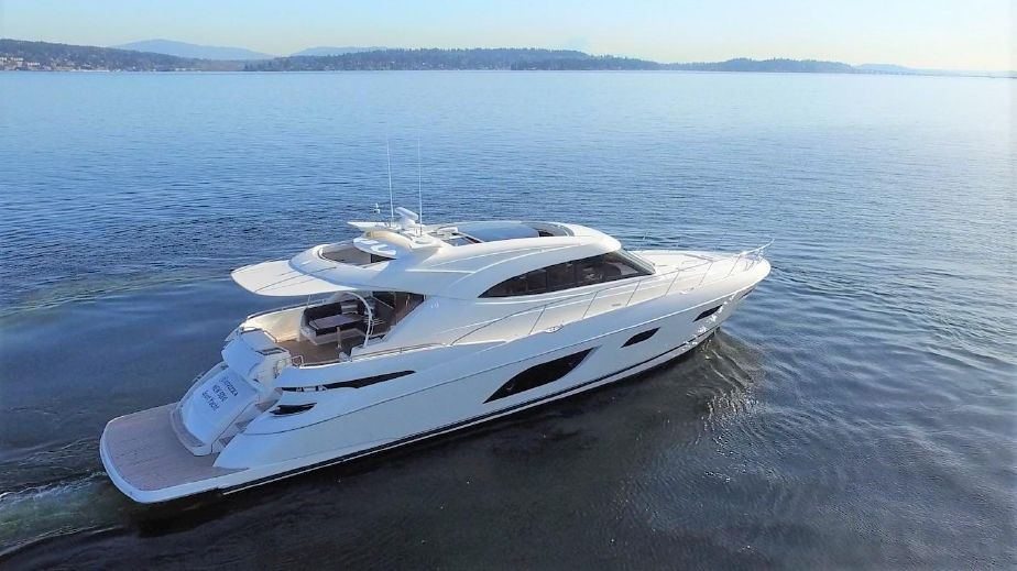 2016 Riviera 6000 Sport with IPS Power Boat For Sale - www