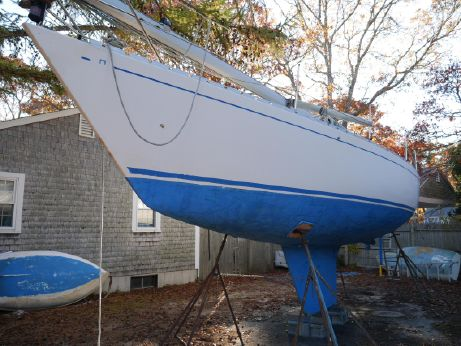 1985 Omega sloop