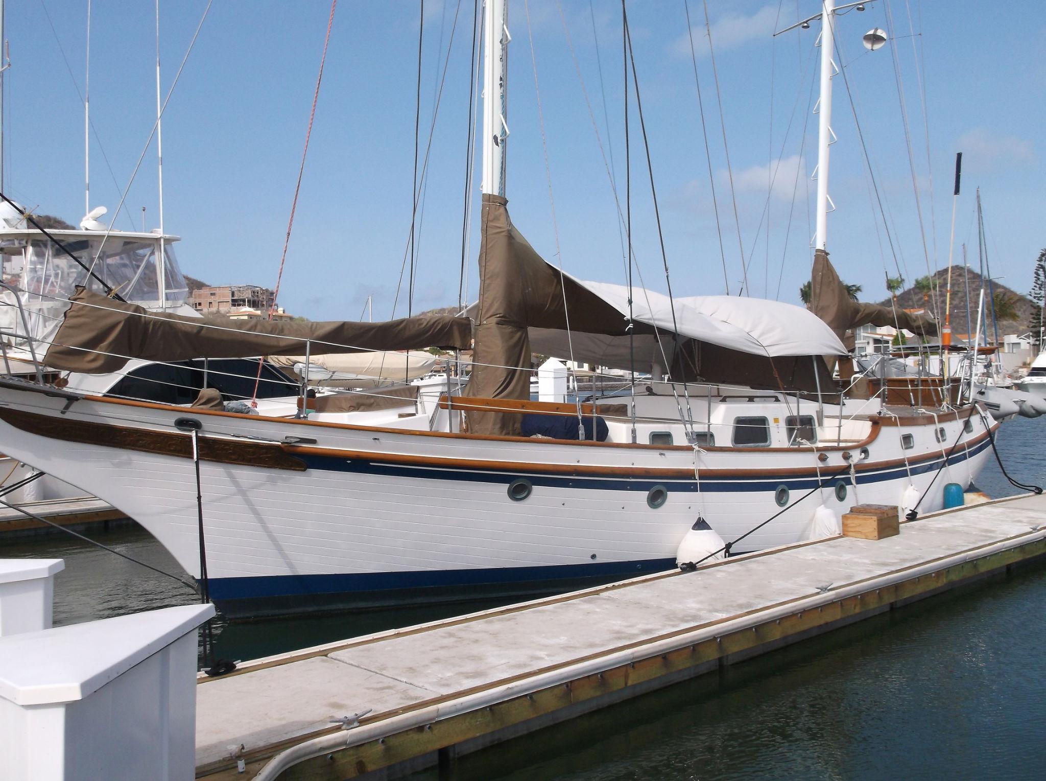 47' Vagabond Ketch+Boat for sale!