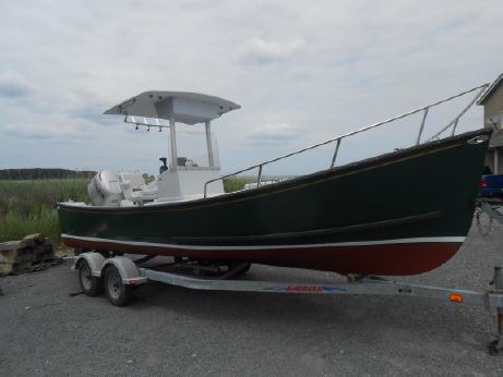 2001 Eastern Boats 24 Center Console
