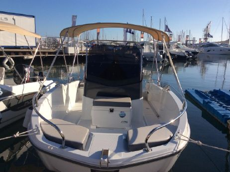 2015 Beneteau Flyer 5.5 Spacedeck