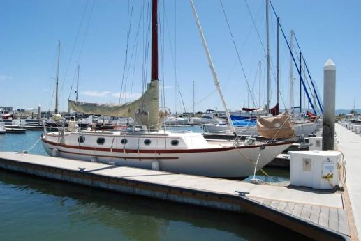 1980 Pacific Seacraft 37