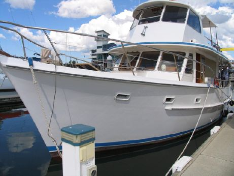 1987 Hughes 47 Flybridge Cruiser