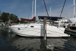 2007 Rinker 250 Express Cruiser