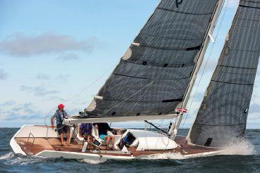 thumbnail photo 2: 2005 B-Yachts Brenta B38