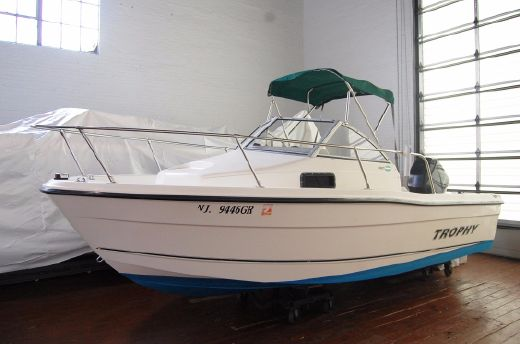 2003 Bayliner 1802 Trophy