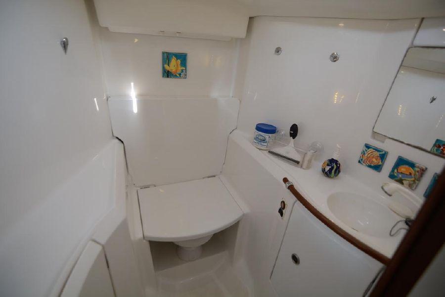 Beneteau 411 Sailboat Head Bathroom