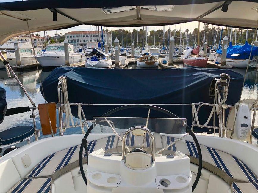 Beneteau 411 Sailboat Tender Storage