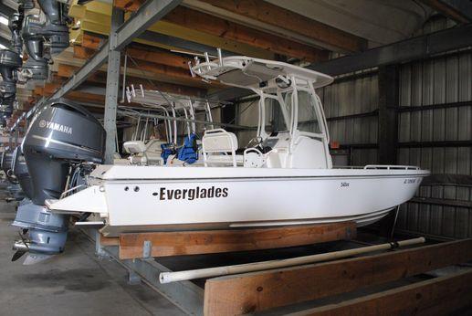 2011 Everglades 243 CC