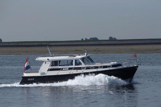 1999 Aquastar 38 Ocean Ranger