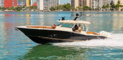 2016 Scout Boats 420 LXF