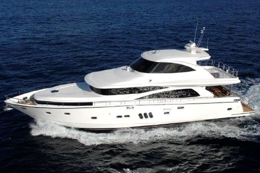 2018 Johnson 77 Motor Yacht Sky-Lounge