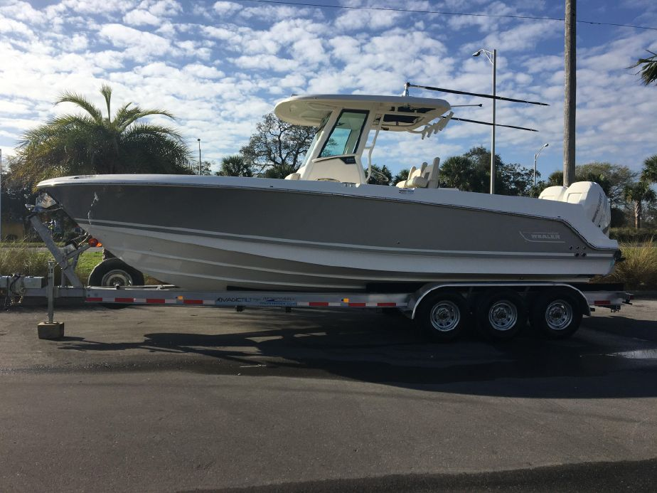 2019 Boston Whaler 280 Outrage Power New and Used Boats for Sale